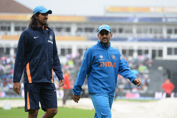 MS-Dhoni-and-Ishant-Sharma-for-fitness