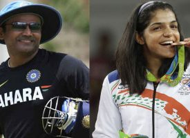 Virender Sehwag gives a hilarious reply to Sakshi Malik on Twitter after she expresses desire to meet him