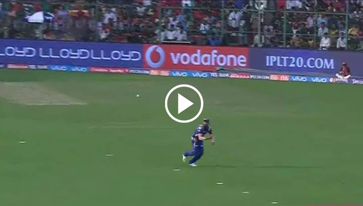 ohit Sharma's One Handed Stunner To Dismiss De Villiers