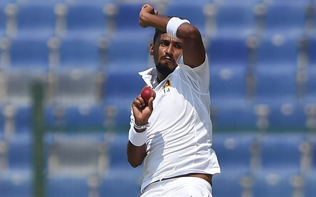 ABU DHABI, UNITED ARAB EMIRATES - SEPTEMBER 30: Suranga Lakmal of Sri Lanka bowls during Day Three of the First Test between Pakistan and Sri Lanka at Sheikh Zayed Stadium on September 30, 2017 in Abu Dhabi, United Arab Emirates.  (Photo by Tom Dulat/Getty Images)