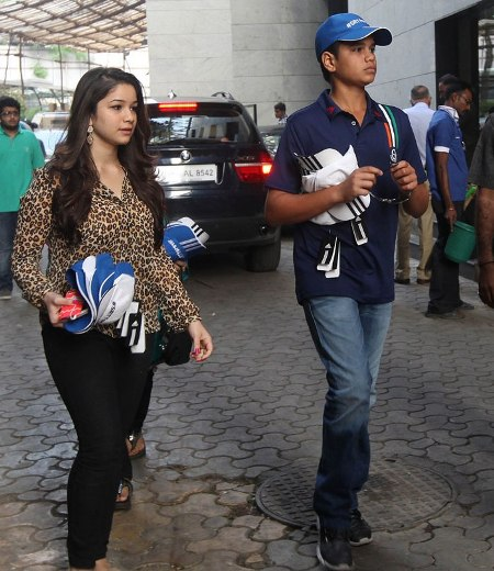 Man arrested for disturbing Tendulkar's daughter over phone