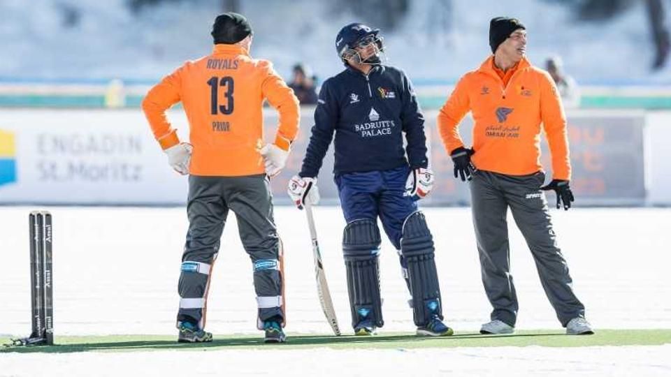 ICE-CRICKET-SEHWAG