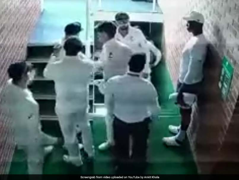 South Africa complain about David Warner's taping