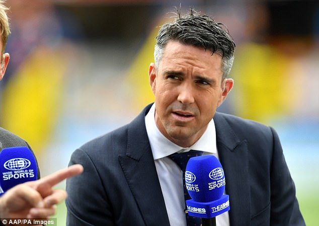 46A17EA700000578-5120051-Former_England_captain_Kevin_Pietersen_has_called_for_Jake_Ball_-a-2_1511752781958