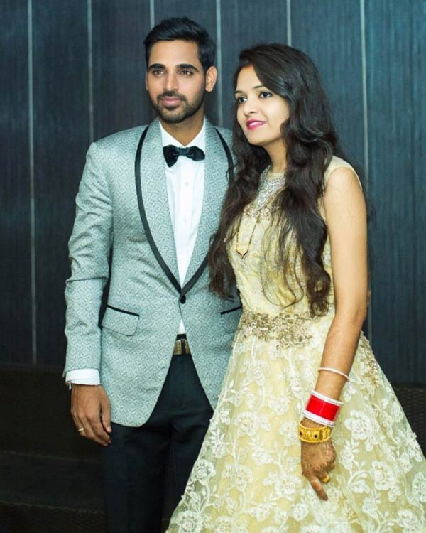 check-out-pictures-from-bhuvneshwar-kumar-rsquo-s-wedding-reception2-1512655220