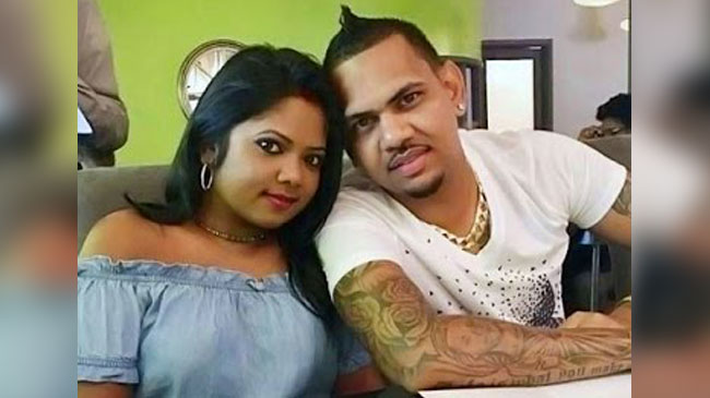 sunil-narine-and-wife