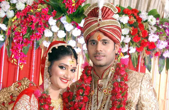 sushmita-roy-and-indian-crickter-manoj-tiwary-marriage-photos_1 ...