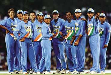 cricket_team_image_20040823