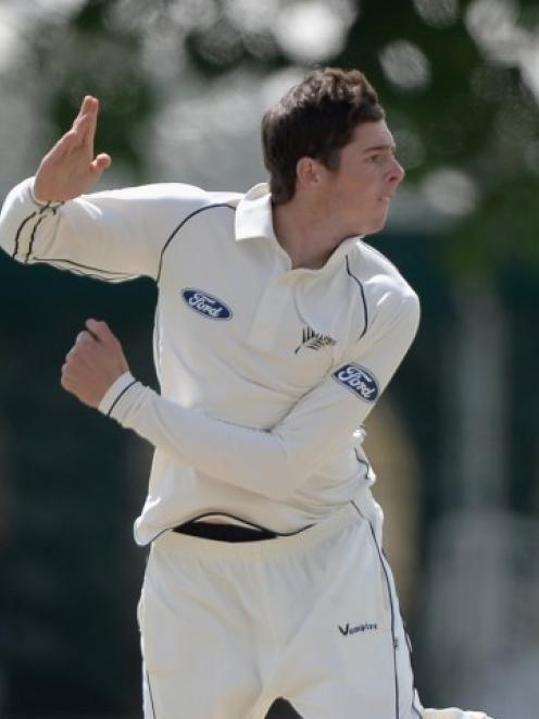 mitchell santner fantasy cricket tips